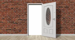 כיצד לתקן דלת חורקת